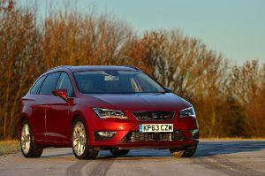 Lexus CT 200h offers 'class-leading' emissions figures